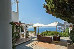 Villa Hibiscus, Villas  Capri - big - 2