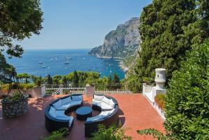 Villa Hibiscus, Villas  Capri - big - 3