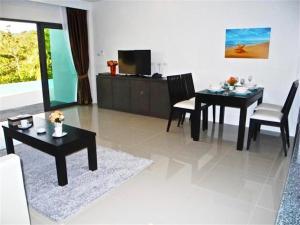 Patong Bay Hill 1 bedroom Apartment, Apartmány  Patong Beach - big - 2
