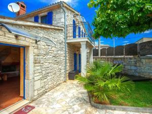Casa Nadalina, Holiday homes  Rapavel - big - 2