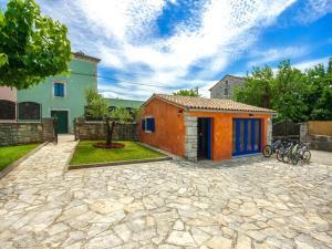 Casa Nadalina, Holiday homes  Rapavel - big - 3