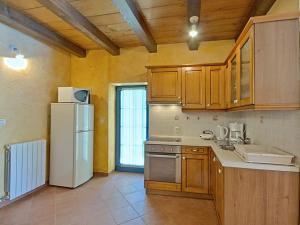 Casa Nadalina, Holiday homes  Rapavel - big - 15