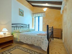 Casa Nadalina, Holiday homes  Rapavel - big - 21