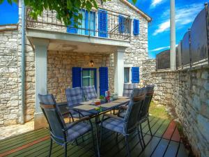 Casa Nadalina, Holiday homes  Rapavel - big - 32