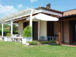 Villa Casa Cesare Sei - AbcAlberghi.com