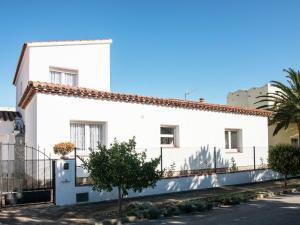 Holiday Home Amfora Muns, Ferienhäuser  Sant Pere Pescador - big - 3