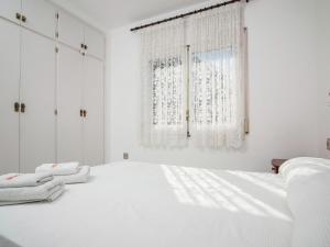 Holiday Home Amfora Muns, Ferienhäuser  Sant Pere Pescador - big - 9
