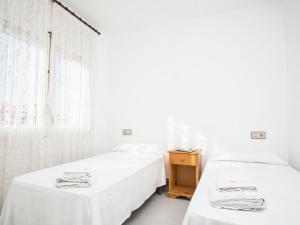 Holiday Home Amfora Muns, Ferienhäuser  Sant Pere Pescador - big - 12
