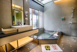No. 9 Hotel - Jiaoxi