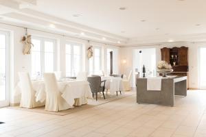 Hotel Villa Seeschau - Adults only, Отели  Меерсбург - big - 56