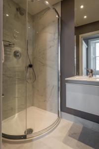 onefinestay - South Kensington private homes III, Апартаменты  Лондон - big - 167