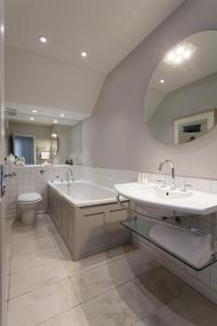 onefinestay - South Kensington private homes III, Апартаменты  Лондон - big - 166