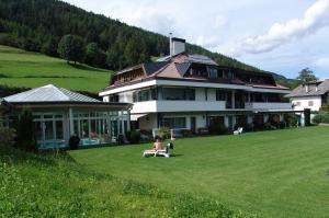 B&B Hotel Villa Pattis - Sterzing - Vipiteno