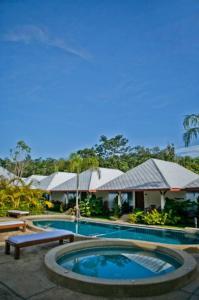 Baan Chongfa Resort - Kapong