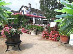 Location gîte, chambres d'hotes La Roseraie Biebler dans le département Haut Rhin 68
