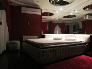 Motel Giro D'Água (Adult Only), Hodinové hotely  Caxias do Sul - big - 17