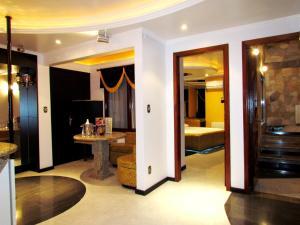 Motel Giro D'Água (Adult Only), Hodinové hotely  Caxias do Sul - big - 12