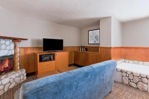 Holiday Inn Resort The Lodge at Big Bear Lake, Hotely  Big Bear Lake - big - 49