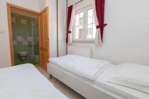 Apartments Vila Rosa Mora, Apartmány  Crikvenica - big - 14