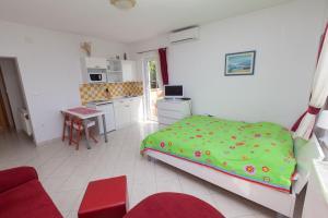 Apartments Vila Rosa Mora, Appartamenti  Crikvenica (Cirquenizza) - big - 4