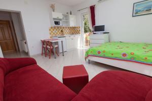 Apartments Vila Rosa Mora, Apartmány  Crikvenica - big - 2