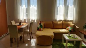 Apartment Mihaela - Kokuletovica