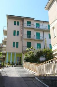 Albergo Villa Canapini - AbcAlberghi.com