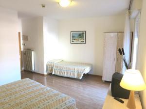 Hotel Zanella, Hotels  Nago-Torbole - big - 33