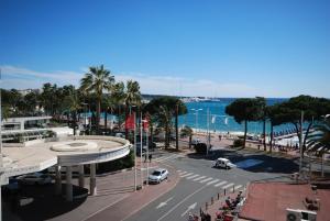 Palais Des Iles 3 Pièces Vue Mer 56638, Apartmány  Cannes - big - 18
