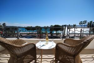 Palais Des Iles 3 Pièces Vue Mer 56638, Apartmány  Cannes - big - 19