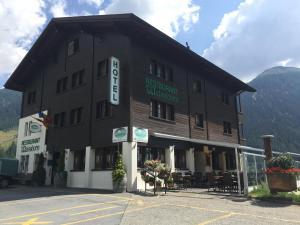 Hotel Weisshorn - Ritzingen