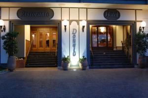 Hotel Ristorante Donato, Hotely  Calvizzano - big - 99