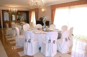 Hotel Ristorante Donato, Hotel  Calvizzano - big - 48