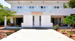 Pine Villa, Дома для отпуска  Selínia - big - 16