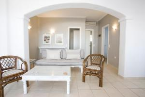 Yakinthos Residence, Apartmánové hotely  Panormos Mykonos - big - 31