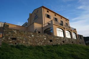 Location gîte, chambres d'hotes Hotel Le Saint Jean dans le département Corse du Sud 2a