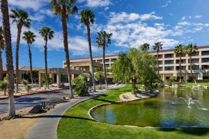 DoubleTree Golf Resort Palm Springs (26 of 73)