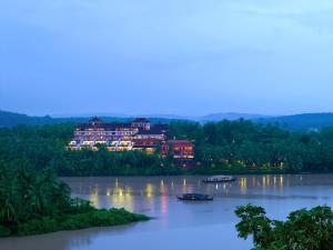 Kadavu Resorts & Ayurveda Cent..