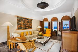 Royal Suite with Private Pool