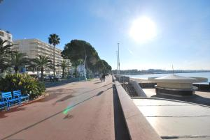 Palais Des Iles 3 Pièces Vue Mer 56638, Apartmány  Cannes - big - 29