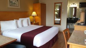 Canadas Best Value Inn & Suites-Vernon