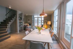 Luxury Penthouse Downtown - Reykjavík