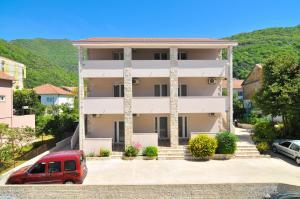 Apartments Samardžić, Ferienwohnungen  Tivat - big - 67