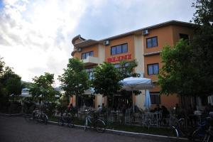 Hotel Blini - Široka