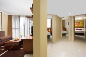 Aston Rasuna, Apartmanhotelek  Jakarta - big - 9