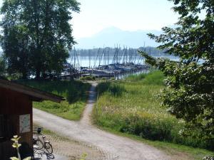 Zum Fischer am See, Penzióny  Prien am Chiemsee - big - 9