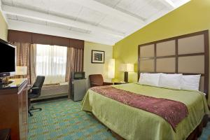 Days Inn by Wyndham Southington, Hotely  Southington - big - 13