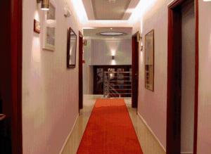 Hotel Avra - Thrapsímion