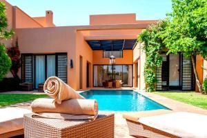 Al Maaden VillaHotel & Spa