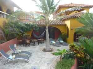Villa Pelicano, Bed & Breakfasts  Las Tablas - big - 38